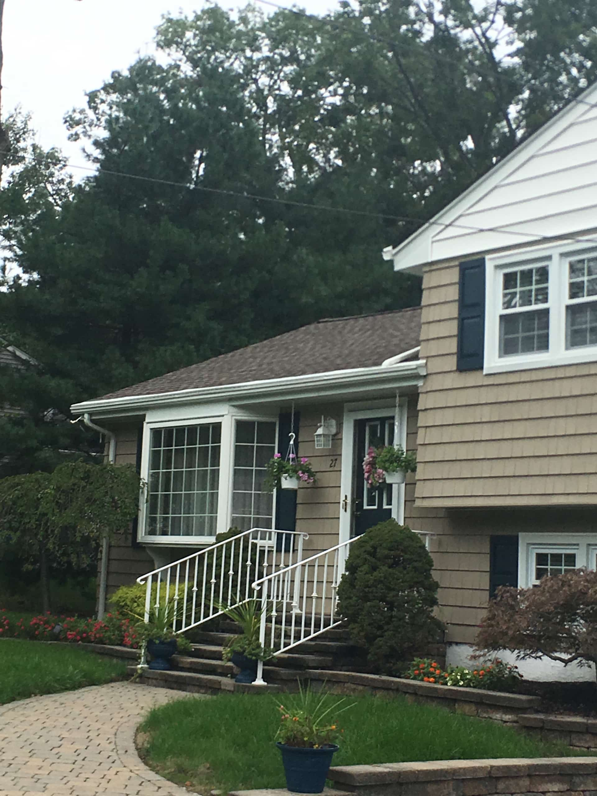 Pearl River Home with Gutter Covers Installed by Superior Seamless Gutters