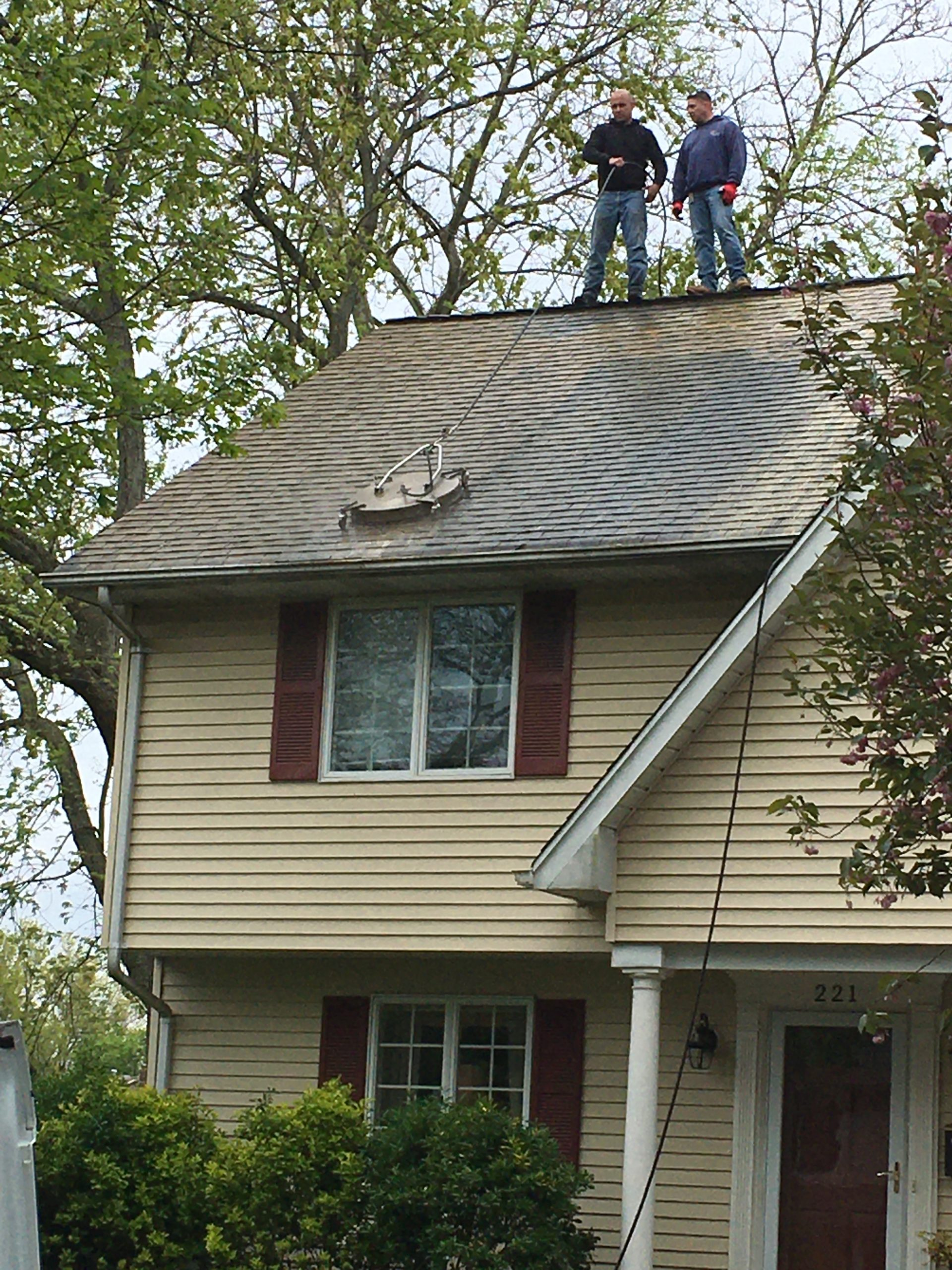 roof cleaning in bergen county by superior seamelss gutters